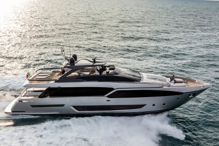 Yacht Riva 90' Argo
