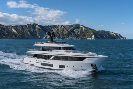 Yacht Custom Line Navetta 30