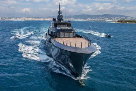 Yacht CRN Atlante